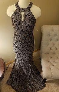 NW NightWay size 8 sleeveless gold/black dress